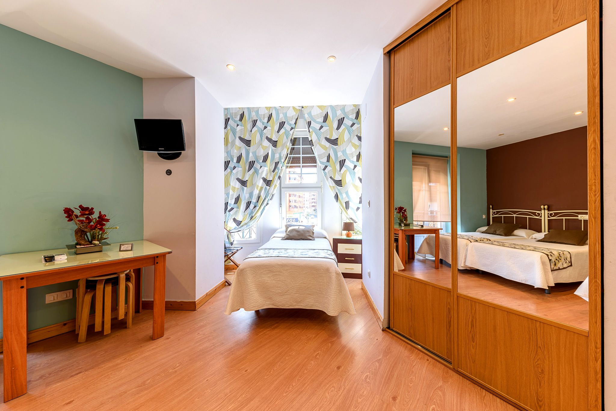 Habitación Cuádruple. Hotel en Castro Urdiales con cocina