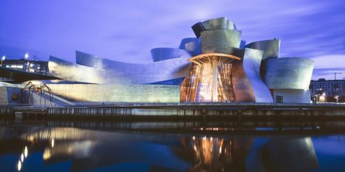 Museo Guggenheim de Bilbao hotel cerca