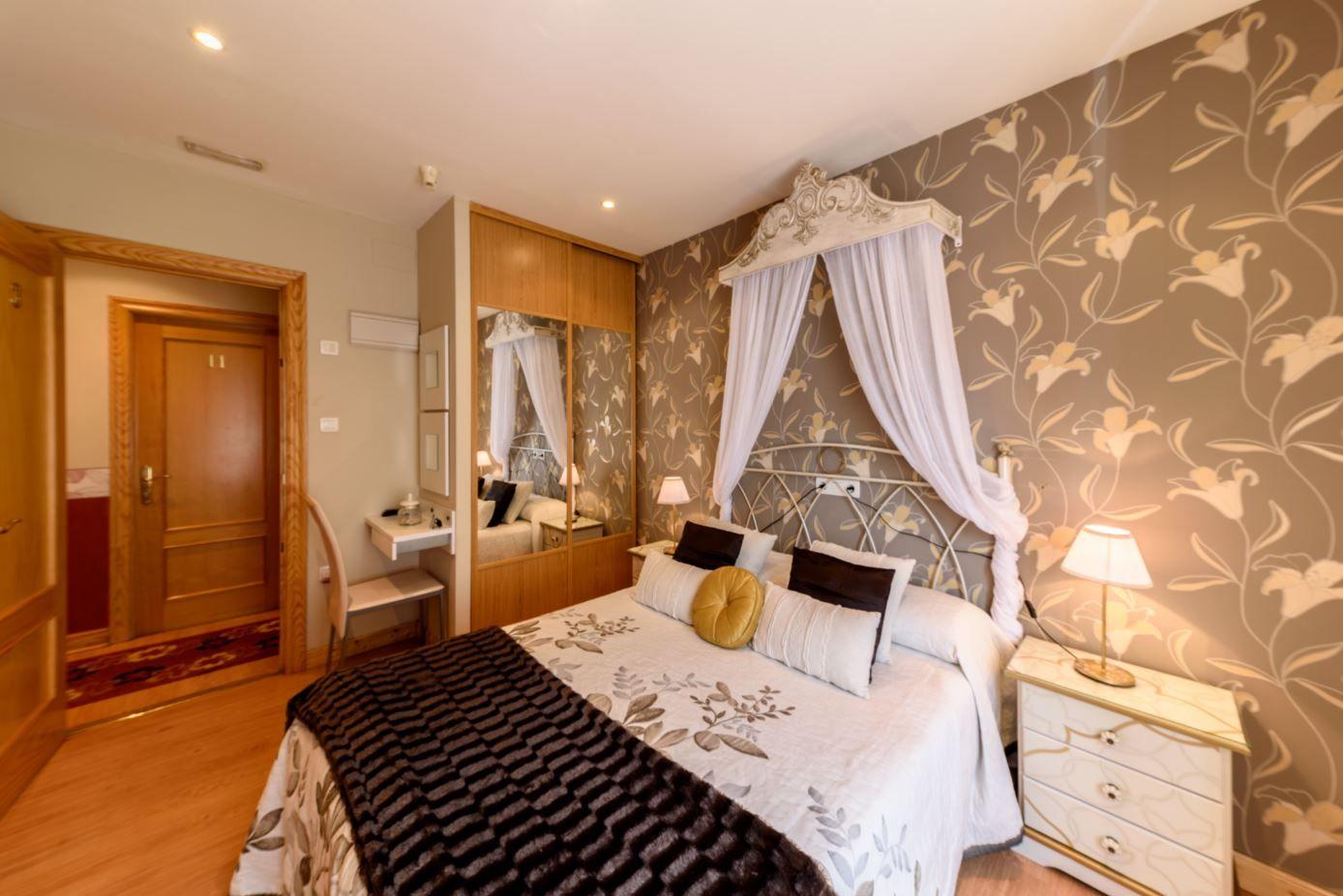Habitación Doble de matrimonio en hotel Castro Urdiales